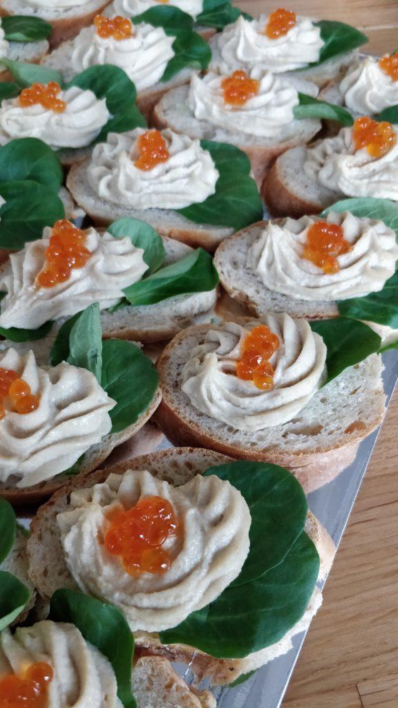 Canape Eier Creme Kaviar